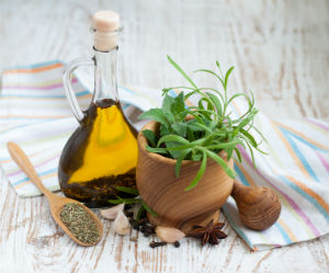 Oregano Oil Is the Powerhouse of Healing Herbs (Video) | Health