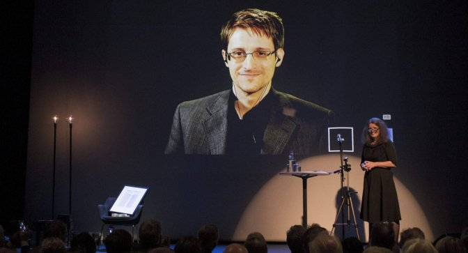 'It's Time': Whistleblower Edward Snowden Tweets Mysterious Warning