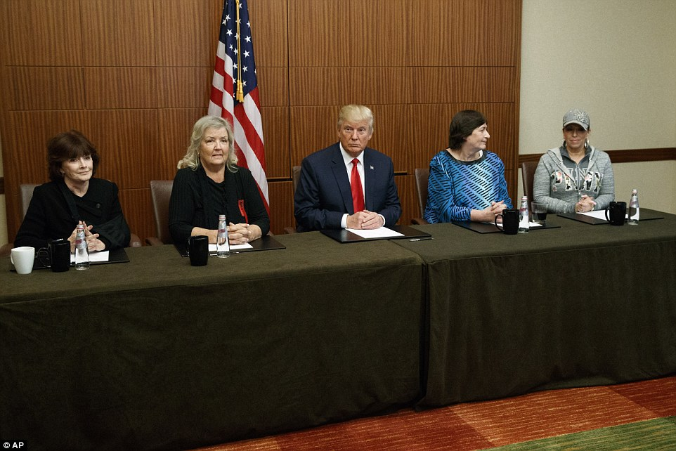 GHOSTS FROM THE CLINTONS' PAST: (L-R) Kathleen Willey, Juanita Broaddrick, Donald Trump, Kathy Shelton and Paula Jones held a photo-op in St. Louis, Missouri on Sunday before the second presidential debate