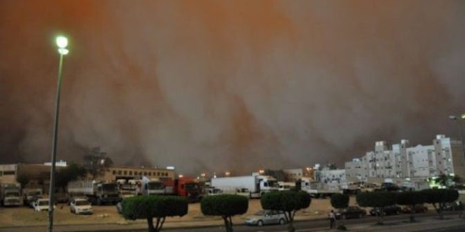 Bizarre 'Bio Warfare' Storm Kills Five In Kuwait — Your News Wire
