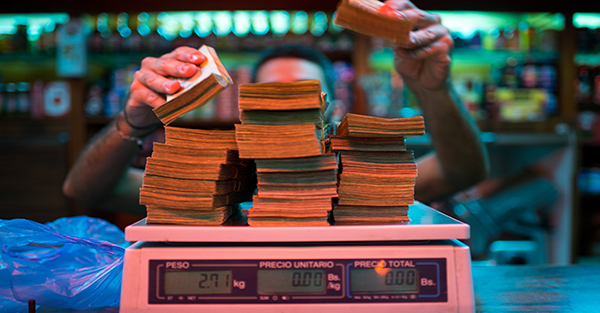 Here's what happens when a currency completely breaks down — David Icke latest headlines