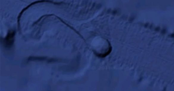 Massive Circular Object Appears to Move on Pacific Floor | Stillness in the Storm